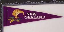 VINTAGE KIWI NZ NEW ZEALAND TOURIST SOUVENIR PENNANT FELT CLOTH WALL FLAG