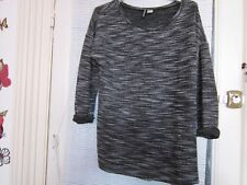 beau  pull DIVIDED,,taille M