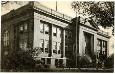 B5973 High School, Independence, Iowa IA Old Black & White Postcard Publ. Artvue