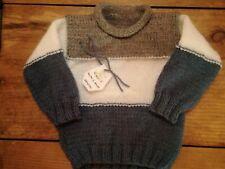 Jersey bebé. Hecho a mano realizado en lana. Tricolor . Talla 6-12 meses