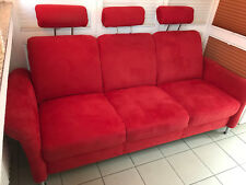 FERRARI Rot Alcantara 3er Sofa für Autohaus! Oldtimer Kopfstützen! The Car Couch