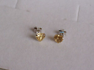 New Ladies 9ct 9Carat White Gold Heart Citrine Studs Earrings 5mm Hallmarked