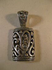 LOVELY STERLING SILVER PENDANT OPEN FILIGREE OPEN SCROLL CHUNKY SIGNED MA NICE!