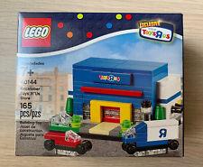 RARE Lego 40144 Bricktober Toys R Us Store Exclusive - New, Sealed 165 Pcs