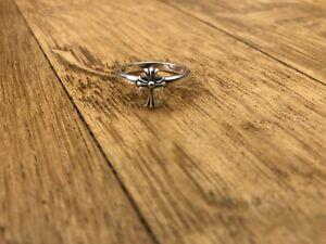 Chrome Hearts Lys Cross Ring