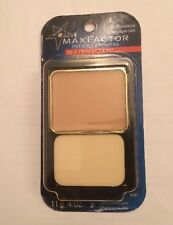 Max Factor Silk Perfection Liquid to Powder Makeup Light Champagne
