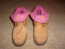 Timberland Roll Top Wheat Boots Women's Size 7 1/2 With Pink Lining #89350