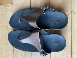 Fitflop The Skinny Womens Pewter Gray Silver Metallic Leather Thong Sandal Sz 8