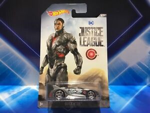 HOT WHEELS DC JUSTICE LEAGUE VEHICLE - CYBORG QUICK N SIK - NEW ON CARD