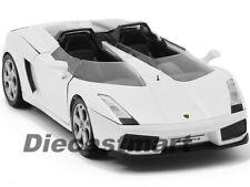 LAMBORGHINI CONCEPT S WHITE 1:24 DIECAST MODEL CAR BY MOTORMAX 73365