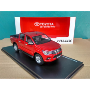 1/32 Diecast Toyota Hilux Double Cabin - Red