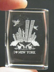 I LOVE NEW YORK Paper Weight WORLD TRADE CENTER 3D CRYSTAL Cut Laser Cube NEW!