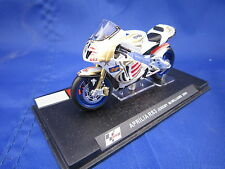V830 ALTAYA IXO MOTO GP APRILIA RS3 JEREMY MCWILLIAMS 2004 1/24 EN BOITE