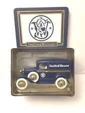 1995 Smith & Wesson Die-Cast Model A Sedan Liberty Classics Coin Bank