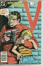 VISITORS #2 (DC Comics 1985) The Visitors Are Your Friends! VERY FINE + 8.5