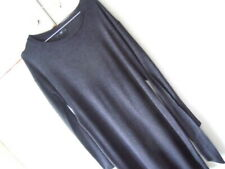FF black dress size 8, worn in maternity tie at the back belt long sleeves