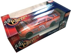 Dale Earnhardt 1997 Edition Goodwrench GM Car 1:24 Winner's Circle Monte Carlo