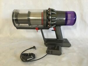 Dyson V11 High Torque Cordless Vacuum, BODY,BIN, BATTERY, CHARGER  Only.