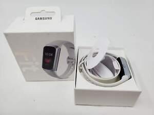 Samsung Galaxy Fit Silver (Bluetooth), SM-R370NZSAXAR US Version with Warranty
