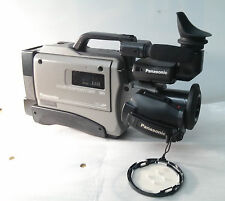 Panasonic AG-196 Wide Angle Camcorder 14x Power Zoom with case *No Ac adapter