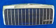 VERY NICE OEM Factory 90-94 Lincoln Town Car Radiator Chrome Grille w Nameplate