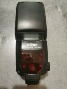 Nikon Speedlight SB 900