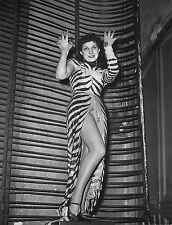 JACQUELINE PIERREUX (1923-2005) , SERIE DE 3 PHOTOGRAPHIES ARGENTIQUES / 1950