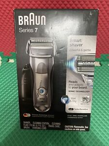 Braun shaver Series 7 7899cc Wet & Dry W/ Clean &charge Station New Sealed