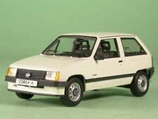 Opel Corsa A blanco coche en miniatura Schuco 1/43