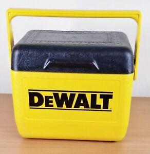 Gott Corporation DeWalt Tools Cooler 1806 preowned 6 pack lunch cooler