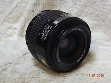 Nikon AF Nikkor 35 - 70 mm F3.3-4.5 Zoom Lens f Mount entièrement Fuctional + F Cap