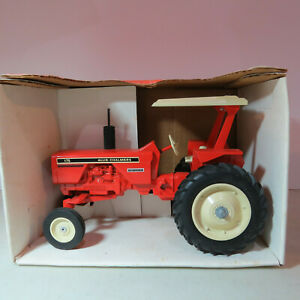 SpecCast Allis Chalmers 175 Tractor Crossroads USA Toy Show 1/16 AC-CUST263-B