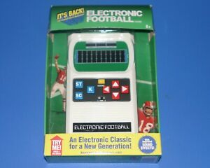 ELECTRONIC FOOTBALL classic handheld pocket travel portable video game 2016