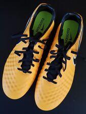 888thingsgalore888: NIKE MAGISTA football/soccer shoes