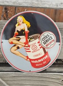 OLD CITIES SERVICE PORCELAIN SIGN GAS OIL CAN PIN UP KOOLMOTOR GMC STOCKINGS