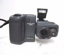 Nikon Coolpix 995 E995 Nikkor Zoom 2.6-5.1 8-32mm Digital Camera, Flash, Japan