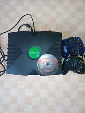 Xbox classic konsole, Controllern und einem Spiel