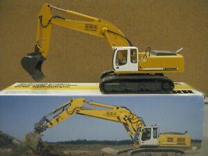 Liebherr R 954 C Litronic Excavator - Metal Tracks/ LG Bucket  Conrad - MIB