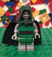 LEGO Marvel Super Heroes DC Dr. Doom Minifigure 76005