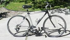 "Trek 7000 Aluminum Hybrid Comfort Commuter 700 x 35 Bike Bicycle Shimano 20"""