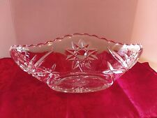 """Two Beautiful Vintage Patterned Glass 9"""" Oval Boat Shaped Dishes"""