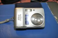 Nikon Coolpix L3 5.1MP Digital Camera with 3x Optical Zoom - Used - Nice!