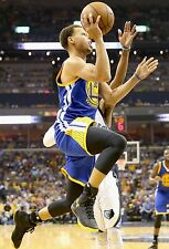 Stephen Curry Unsigned 12x18 Golden State Warriors (15)