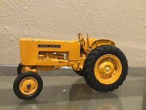 1/16 Eska Farm Toy John Deere 440 industrial toy tractor