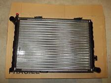 RADIATORE MOTORE MERCEDES 200 D 250 D190 D W124 W201  ENGINE RADIATOR VALEO