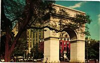 Vintage Postcard - Washington Square & University In Back New York NY #3801