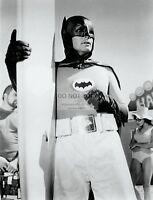 """ADAM WEST AS """"BATMAN"""" IN EPISODE """"SURF'S UP, JOKER'S UNDER""""  8X10 PHOTO (DD-152)"""