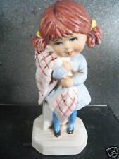 Gorham Moppets 1971 GIRL HUGGING BLANKET FIGURINE