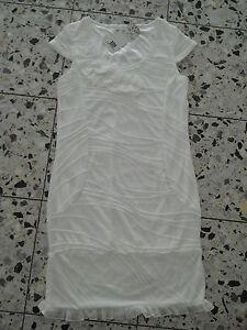 Tolles Kleid mit Rüschen Rüschenkleid Longshirt Shirt Tunika Rüschentunika weiss