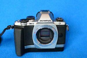 OLYMPUS OM-D E-M10 DIGITAL SLR - BODY ONLY